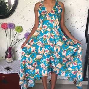 Nordstrom Rack Aakaa Floral Maxi Dress size s